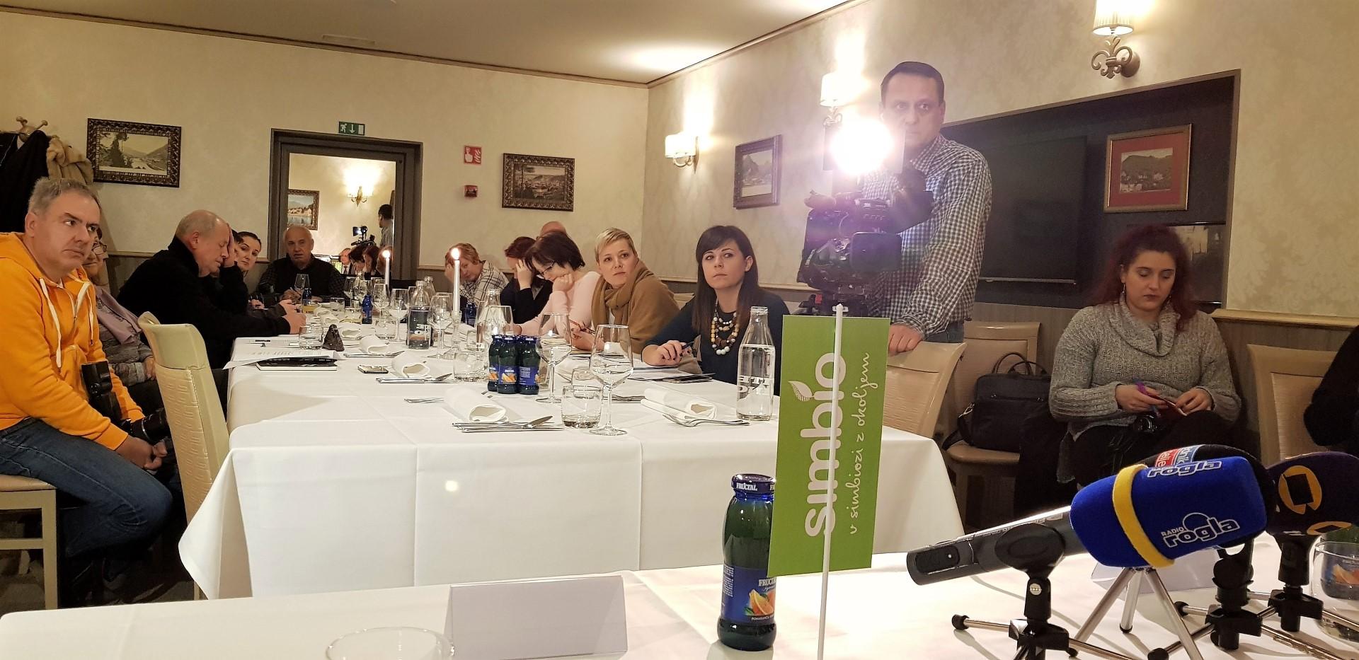 Tradicionalna letna novinarska konferenca družbe Simbio pritegne vsako leto veliko zanimanja.