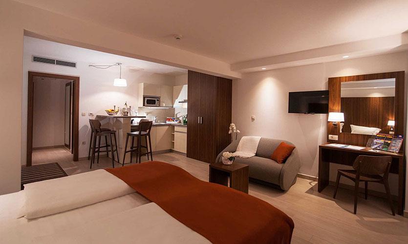 Hotel_Miramare_room.jpg