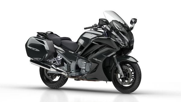2018-Yamaha-FJR1300A-EU-Tech_Graphite-Studio-001-03_Mobile.jpg