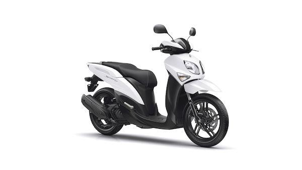 2018-Yamaha-XEN125-EU-Competition_White-Studio-001-03_Mobile.jpg