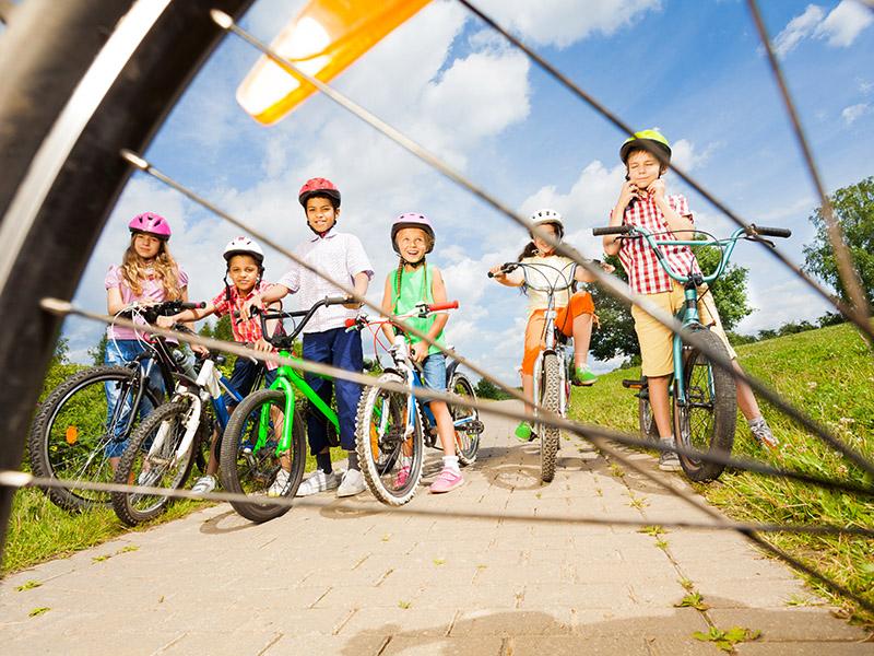 kolesarjenje_svetla_prihodnost.jpg
