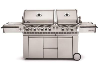 pro825-napoleon-grills.jpg