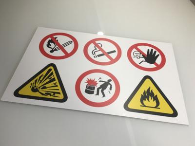 Oznacevalne table varnostne table varnostne nalepke izdelava nalepk celje