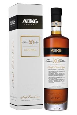 cognac-abk6-xo-family-reserve.jpg