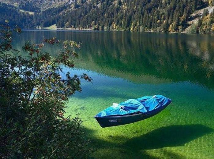 jezero_cista_voda.png